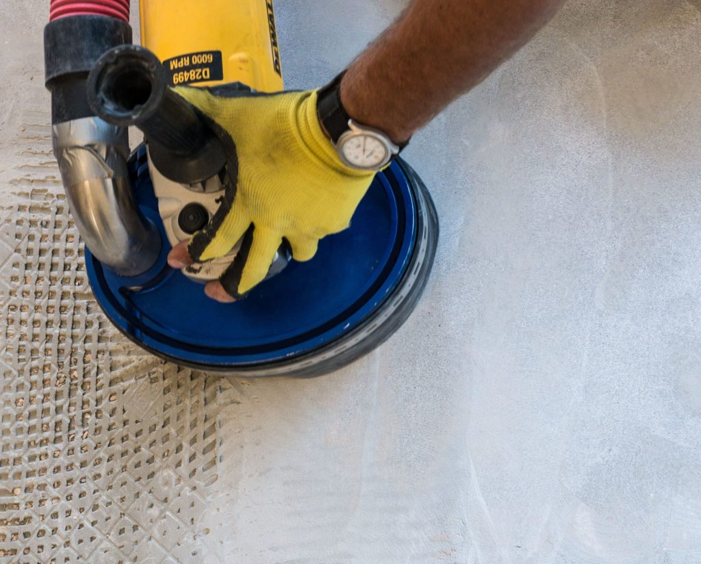 dustram pulseram tile removal tool